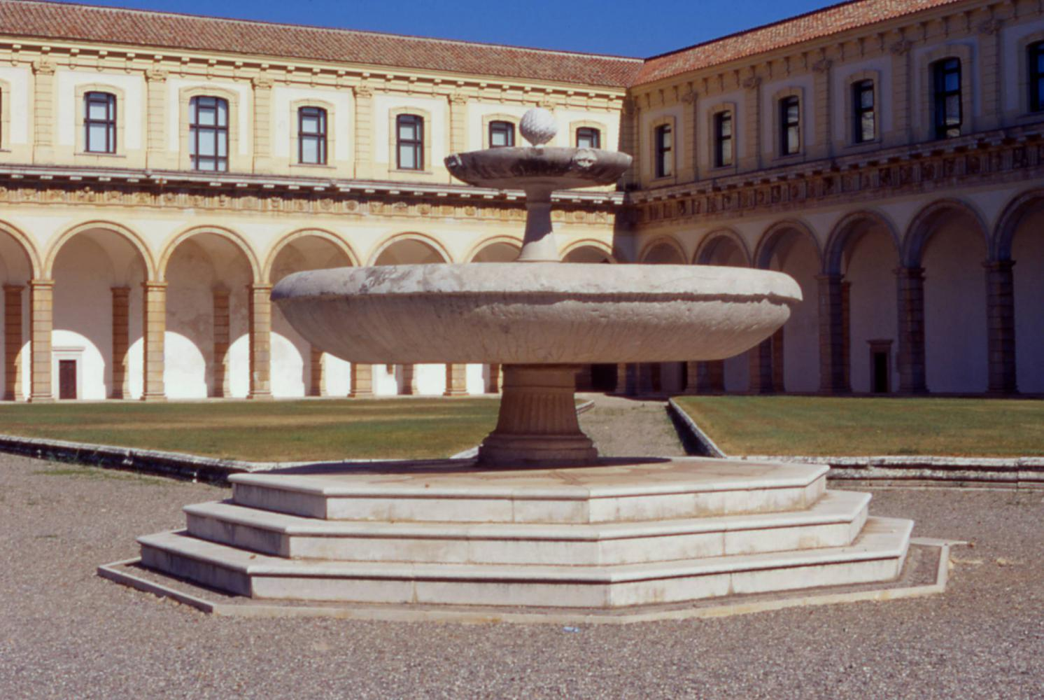 /public/upload/escursione_2/big/padula certosa_fontana.jpg