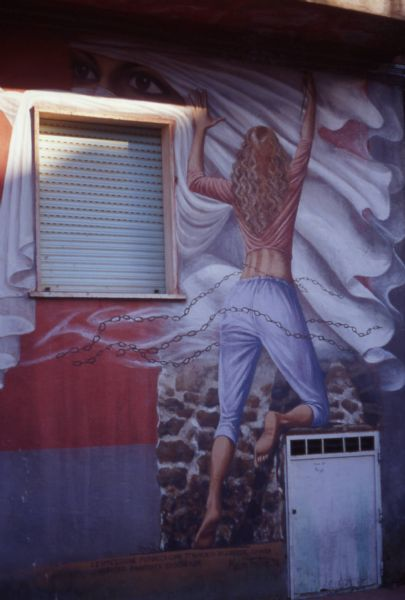 /public/upload/escursione_7/big/orria murales donna.jpg
